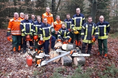 2019-12-07-Brandschützer-im-Umgang-mit-der-Kettensäge-ausgebildet_Resize